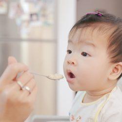 Rozszerzanie diety łyżeczką